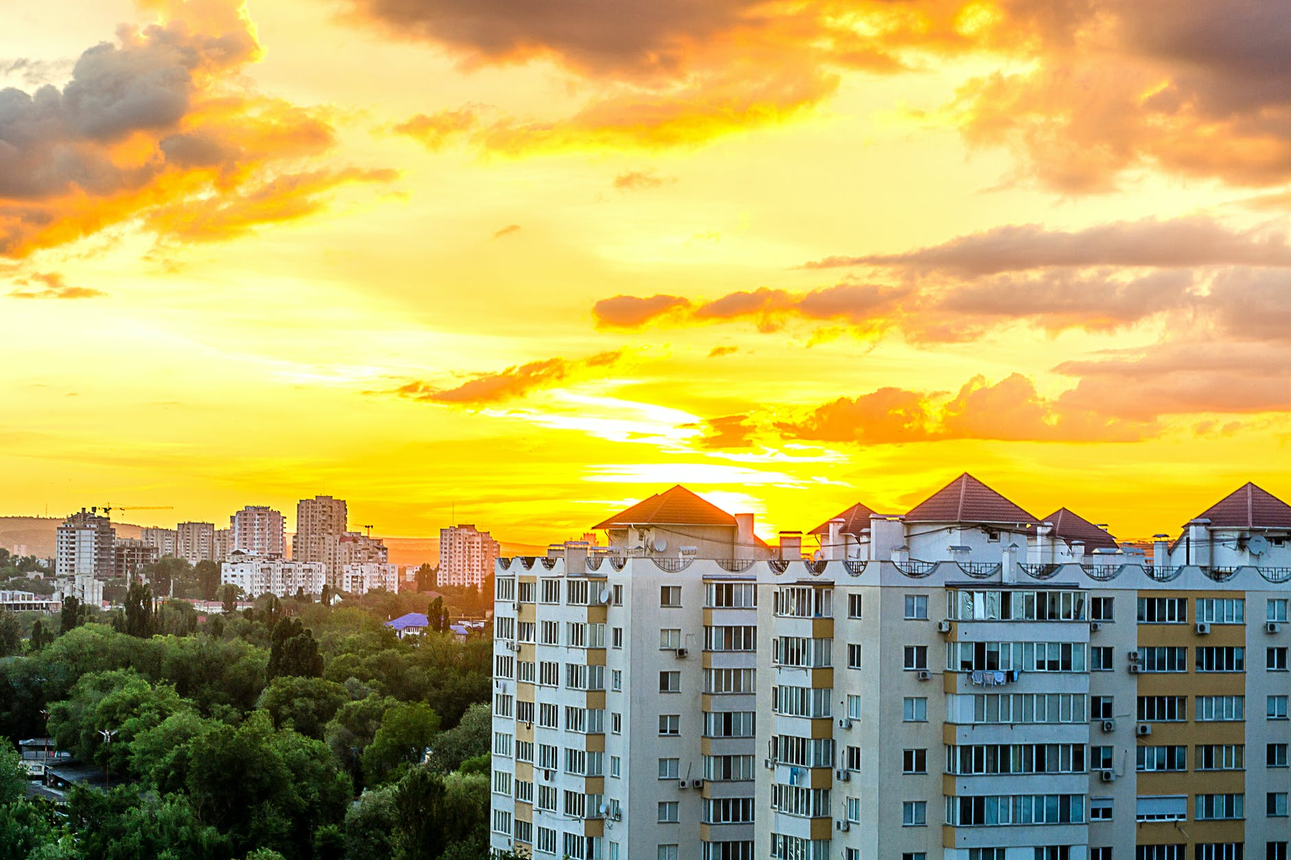 Квартирная трансформация: как из жилого помещения сделать коммерческое