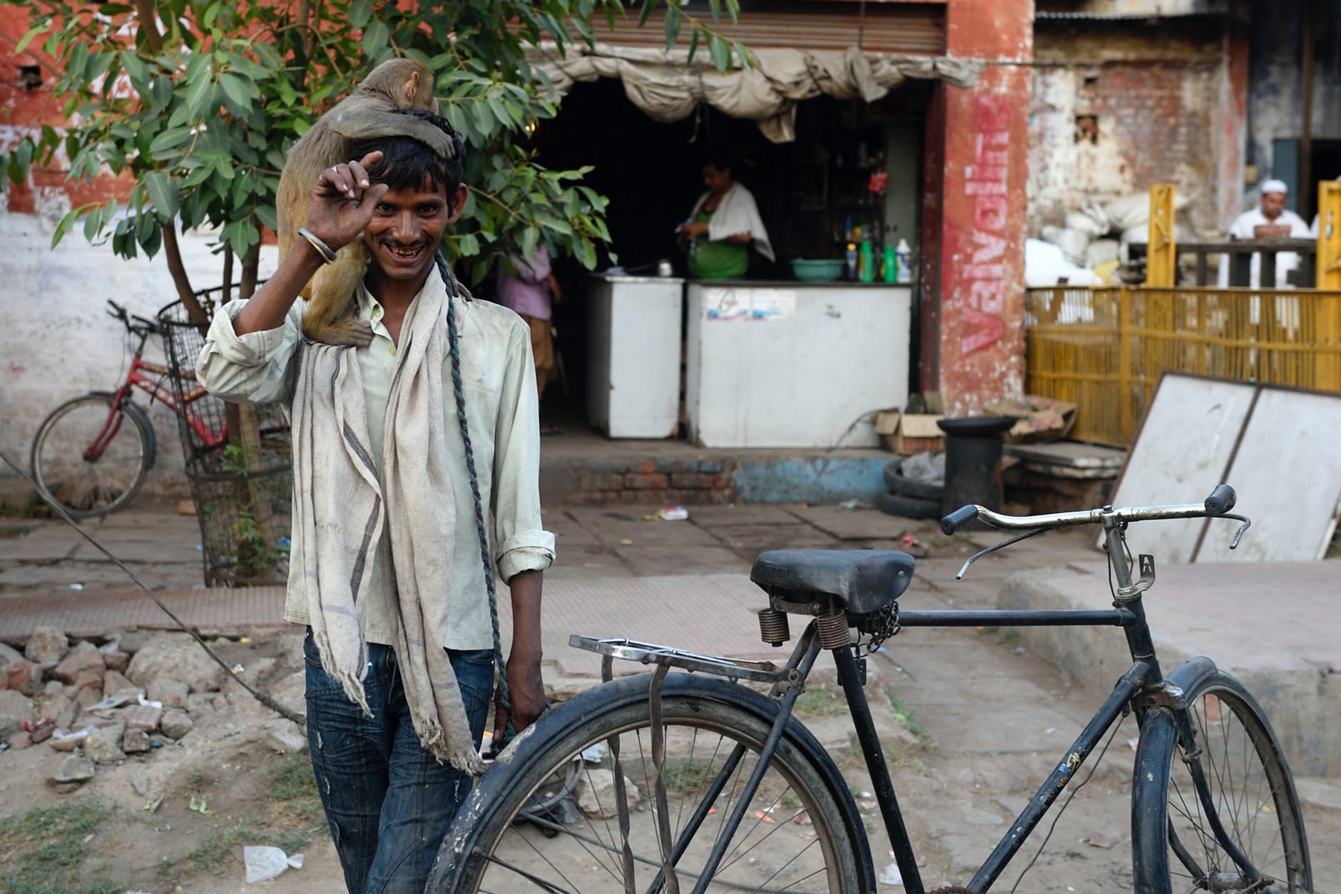 «Сделано в трущобах»: как живут и работают в самом бедном районе Индии