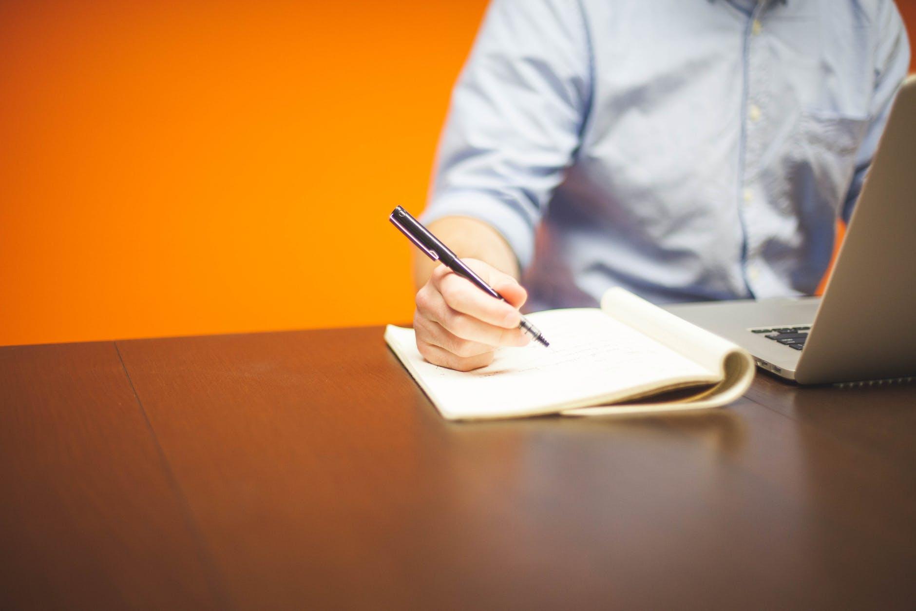 Написанному верить: как грамотно составить договор с риэлторским агентством