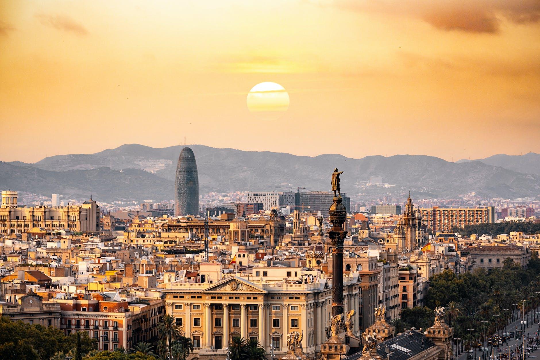 Стоимость жилой недвижимости в Испании постепенно растет